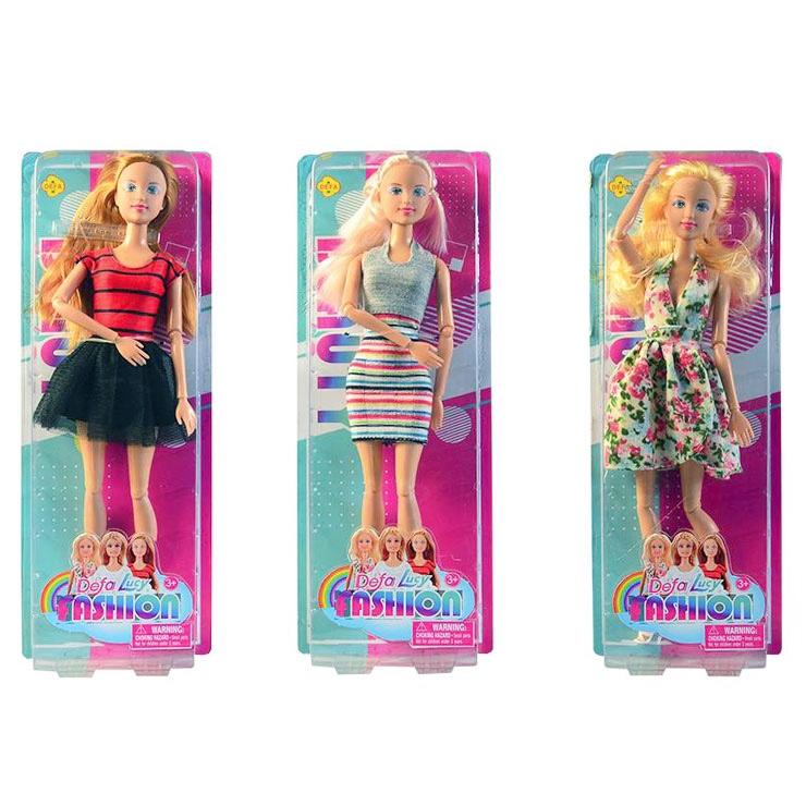 Bábika v letných šatách