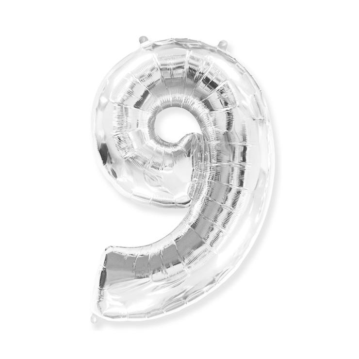 Strieborná fóliová číslica 9